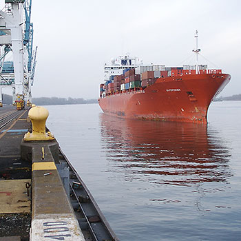 Monitoring Container Ship Pier