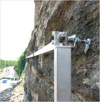 Beam sensors on retaining wall